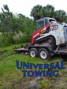 semi towing on Highway 95 in Daytona Beach Area