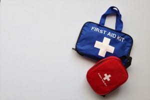 UNIVERSAL FIRST AID